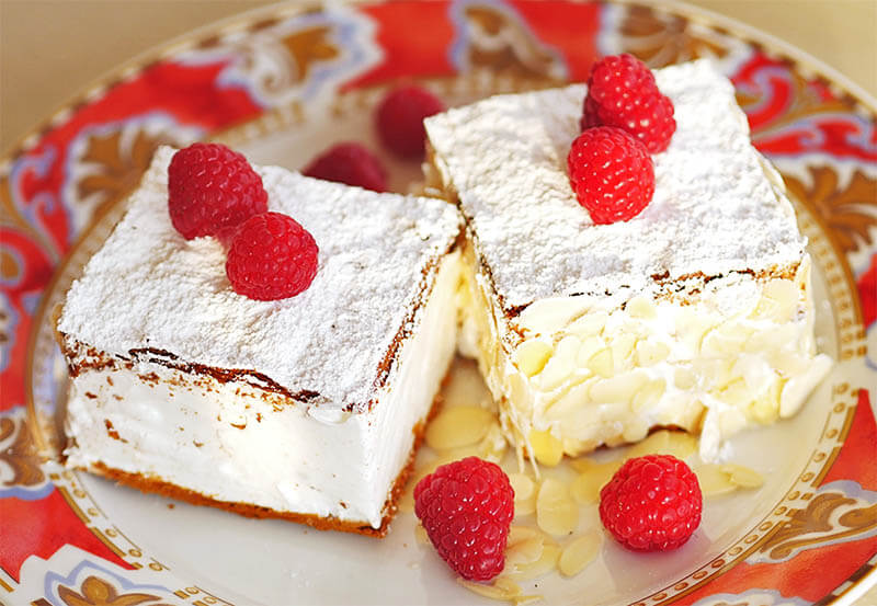 Merengue pastry
