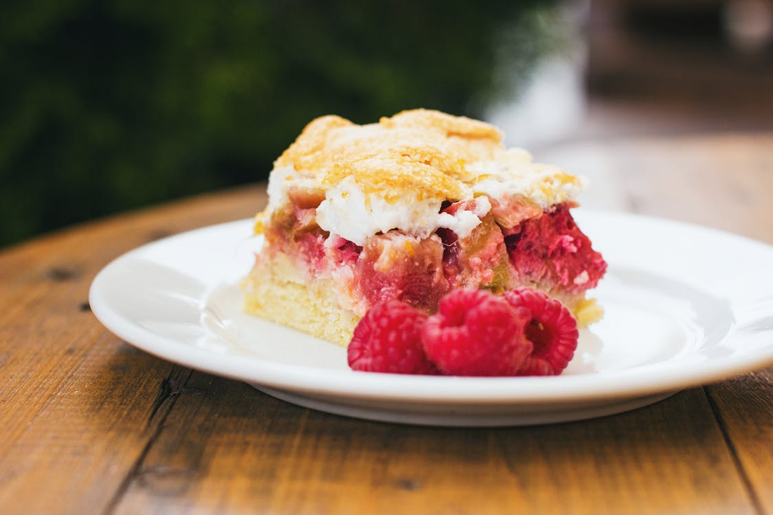 Raspberry meringue dessert, one of the healthy dessert recipes.